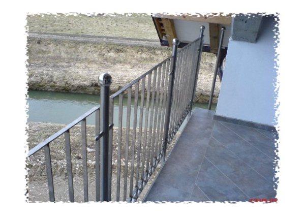 nerjaveče ograja po naročilu, balkonske ograje
